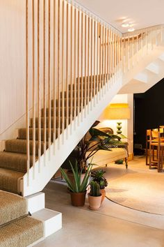Panama Restaurant & Bar in Berlin Home Stairs Design, Stair Railing Design, House Design, House Staircase, Interior Staircase, Stairs In Living Room, Room Partition Designs, Building Stairs, Stair Makeover
