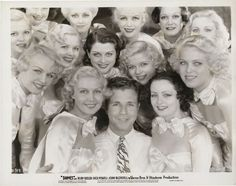 Dick Powell - what a cutie [Dames publicity shot of Dick Powell with chorus girls] Old Hollywood Movies, Old Hollywood Glamour, Golden Age Of Hollywood, Classic Hollywood, Vintage Hollywood, Ruby Keeler, Busby Berkeley, Female Movie Stars, Star Wars