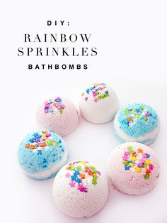 Did you know that making bath bombs are easier than baking cookies. DIY bath bombs and bath fizzies are super easy to make and make great gifts. They're great for soaking away a stressful day and leave your skin soft and smooth.