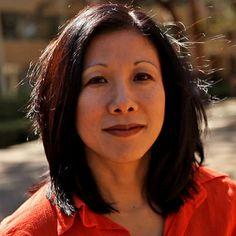Mimi Ito on Learning in Social Media Spaces (Big Thinkers Series) האזינו להרצאה וסכמו לעצמכם את עיקרי הדברים. חשבו איך זה מתחבר להתנסות שלנו ולעולמם של הילדים?