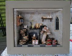 medieval study Miniature Rooms, Miniature Crafts, Halloween Miniatures, Dollhouse Miniatures, Haunted Dolls, Gnome House, Shadow Art, Stack Of Books, Doll Houses