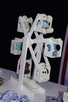 festa tema marinheiro, festa urso,bolo urso, decoração urso, doces de criança, urso de chocolate, lamparina, navio p festa, decoração azul e branco