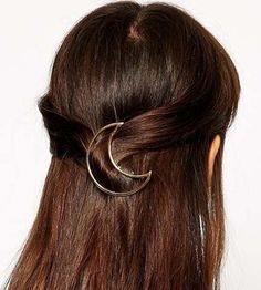 This is a Must have for your hair, straight from the runway! Minimalist Gold…