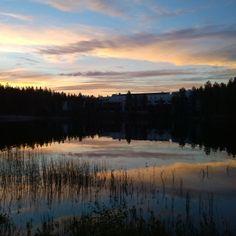 """11 tykkäystä, 1 kommenttia - Malla Pak (@mallapak) Instagramissa: """"Taivas järvessä😍. #rokua #taivas #järvi #midsummer #summer #view #sky #in #the #lake"""" Malta, Celestial, Sunset, Outdoor, Instagram, Sunsets, Outdoors, Outdoor Games, Outdoor Living"""