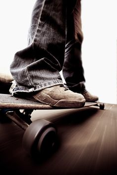 Cruise around - longboard