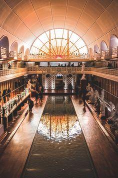 De leukste tips voor een weekendje weg in Lille, Frankrijk Learn To Speak French, Close To Home, France Travel, Travel Tips, Places To Visit, Explore, Adventure, Building, Houseboats