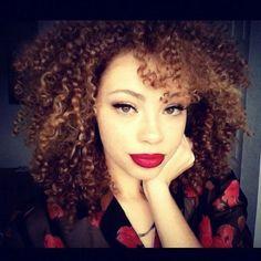 Love her Curls & make-up