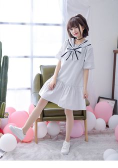 Cute white pinstripe a line dress with attached self tie front collar bow for that preppy Japanese look. Preppy Mode, Preppy Style, Mori Girl, Harajuku Fashion, Japan Fashion, Estilo Harajuku, Estilo Preppy, Preppy Dresses, Vintage Summer Dresses