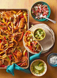 15 Fajita Ideas to Add Sizzle to Your Supper Fajita Recipes t. - 15 Fajita Ideas to Add Sizzle to Your Supper Fajita Recipes t. - 15 Fajita Ideas to Add Sizzle to Your Supper Fajita Recipes t. - 15 Fajita Id Mexican Dinner Recipes, Dinner Recipes Easy Quick, Beef Fajita Recipe, Vegetarian Fajitas, Easy Chicken Fajitas, Routine, Fast Chicken Recipes, Pasta, Cooking Recipes
