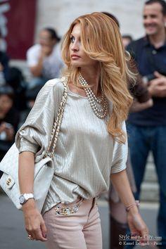 Italian street style glamour at Milan Fashion Week