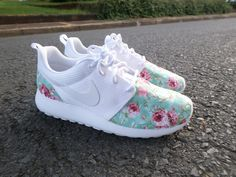 Custom Nike Roshe Run White/White Rose Floral por customkicksworld