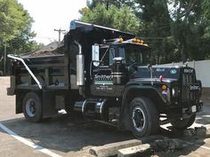 Mack Dump Truck, Mack Trucks, Dump Trucks, Mack 10, Vehicles, Oc, Classic, Pictures, Truck