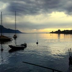 after the late afternoon spring rain  #lake #lakeview #ig_swiss #landscape_lovers #landscapephotography #weather #sunsets #sailing #sailboat #boats #mountains #reflectiongram #lakegeneva #lacleman #montreux #scenery #traveldeeper #traveleurope #traveltheworld #alps #peaceful #clouds #skyporn by frank.t.low