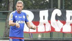 De olho no G4, Flamengo tenta arrancada contra o Vasco