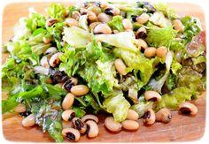 Μαυρομάτικα φασόλια σαλάτα Salad Bar, Black Eyed Peas, Salad Dressing, Sprouts, Cantaloupe, Stuffed Peppers, Fruit, Vegetables, Food