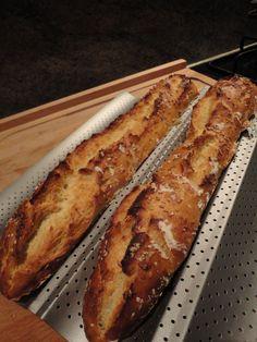 Baguette Magique maison!! Homemade Sandwich Bread, Sandwich Bread Recipes, Cooking Bread, Cooking Chef, Baguette Express, Sandwiches, Brunch, Good Food, Food And Drink