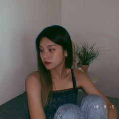 """Hwang yeji with loose hair; Kpop Girl Groups, Korean Girl Groups, Kpop Girls, Kpop Aesthetic, Aesthetic Girl, Rapper, Indie, Ulzzang Girl, New Girl"