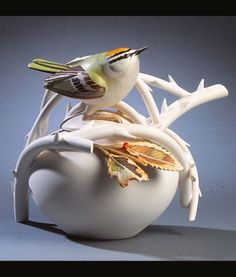 Firecrest teapot by Anne Corcoran Pottery Teapots, Teapots And Cups, Ceramic Teapots, Glass Ceramic, Ceramic Pottery, Pottery Art, Teapots Unique, Tea Pot Set, Tea Art