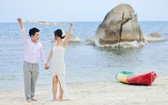 engagement photo at Silavadee Pool Spa Resort, Koh Samui - Thailand (Lovedezign Photography - Thailand wedding photographer)