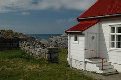 Building close to Runde Lighthouse, Norway. Photo: bestnorwegian.com
