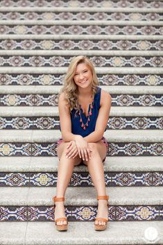 senior girl, senior girl posing, senior girl poses, senior pictures, senior photos Kansas City Senior Photographer