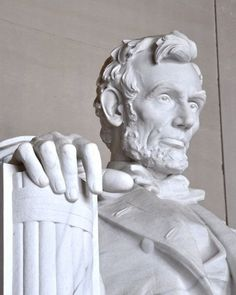 The Poorest Presidents: #43-35 Net Worth: <$1 million James Buchanan, Abraham Lincoln, Andrew Johnson Ulysses S. Grant, James Garfield, Chester A. Arthur, Woodrow Wilson, Calvin Coolidge, Harry S. Truman