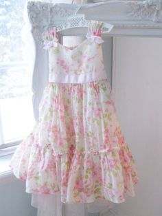 Vintage Gorgeous Childs Dress  Girls Size 2T  by mailordervintage