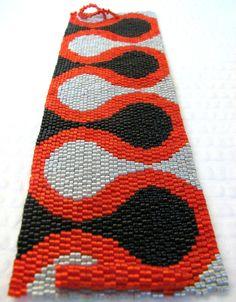 Ruffles Peyote Cuff Bracelet - by Sand Fibers