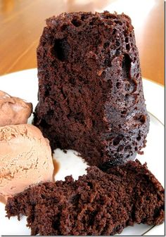 Chocolate Mug Cake - Have a chocolate craving? This quick & easy homemade treat hits the spot!