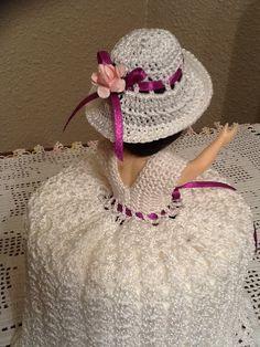 Beautiful Handmade Crochet Doll Toilet Paper by Crochets **+ Crochet Food, Love Crochet, Crochet Gifts, Crochet Doilies, Knit Crochet, Doll Crafts, Cute Dolls, Crochet Patterns, Stitch Patterns