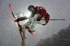 Men's Freeski lights up Sochi halfpipe (Photo: Dylan Martinez / Reuters)
