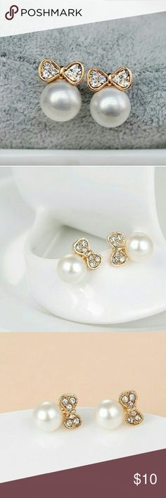 ❤️❤️Cute pearl bow stud earrings $10 on each earring, choose which color,  bundle deal: pick any additional jewelry on my list for just $5 more, let me know so I can set up a bundle of $15! Jewelry Earrings