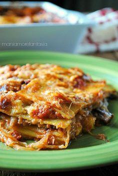 lasagne con melanzane pomodoro e mozzarella