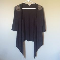Charlotte Russe Cardigan with beaded detail Black cardigan with beaded shoulder detail! Made in USA. Perfect with a tank top underneath! Basic Wardrobe Essentials, Wardrobe Basics, Cardigans, Sweaters, Black Cardigan, Fashion Design, Fashion Tips, Fashion Trends, Charlotte Russe
