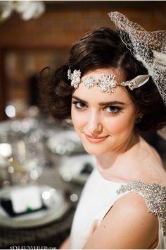 Emerald Wedding Ideas / Art Deco Inspired Wedding / Lauren Gabrielle Photography / via StyleUnveiled.com