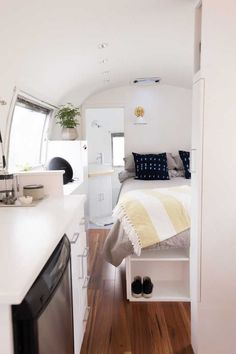 Gilda, the 1966 Airstream Overlander. A full, custom remodel! - RV for Sale in Bend, Oregon - Tiny House Listings - Wohnwagen Airstream Bambi, Airstream Living, Airstream Campers, Airstream Remodel, Airstream Renovation, Airstream Interior, Remodeled Campers, Camper Trailers, Airstream Bathroom