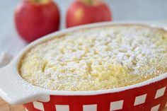 Apfel Reisauflauf This apple rice casserole tastes warm as a small dinner or cold in the summer as a dessert. Here is our recipe for baking. Quick Healthy Desserts, Mug Cake Healthy, Healthy Yogurt, Healthy Snacks For Diabetics, Easy Snacks, Mug Dessert Recipes, Egg Recipes For Breakfast, Zoodle Recipes, Food