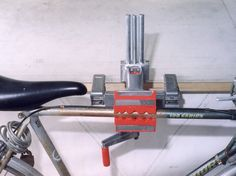 Auxiliary bench vise mounting plate. Provides incline, rotational movement