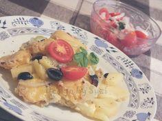 Design by Suzi: Zemiaky s cuketou Oatmeal, Breakfast, Food, Meal, Eten, Meals, Rolled Oats, Morning Breakfast, Overnight Oatmeal