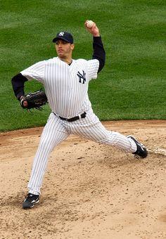 #MLB - Yankees Pitcher Andy Pettitte Announces Retirement