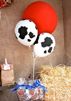 """Love These balloons!!Cowprint Balloons..."" These would make such an adorable theme... {""Farm/Cowgirl Birthday Party.!!!""}"