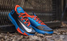 "Nike KD VI ""Away"" Detailed Images"