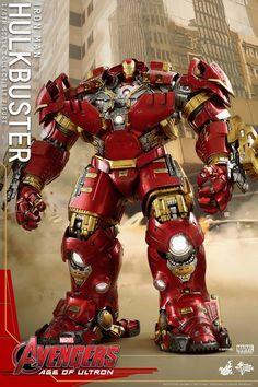 Juguetes caliente revela Iron Man Dentro Hulkbuster Armor - Cósmico de noticias del libro