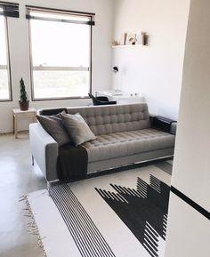"""536 curtidas, 51 comentários - Casa Botânica (@maxcasabotanica) no Instagram: """"E o sofá novo chegou!! Agora já estamos sonhando com a composição de almofadas que vai dar uma…"""""""