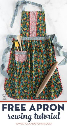 Learn how to make an apron with this free sewing pattern for an adult size apron. Learn how to make an apron with this free sewing pattern. An apron sewing tutorial that is a great beginning sewing project. Apron Pattern Free, Sewing Patterns Free, Free Sewing, Retro Apron Patterns, Pattern Sewing, Fall Sewing Projects, Sewing Projects For Beginners, Sewing Crafts, Sewing Aprons