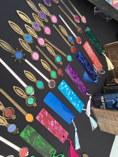 Bookmarks with ArtResin Resin Crafts, Resin Art, Wine Stoppers, Epoxy, Swirls, Artsy Fartsy, Coaster, Bookmarks, Diy Ideas