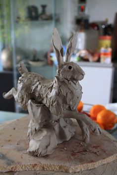 running hare clay | Joe Lawrence ceramic sculpture
