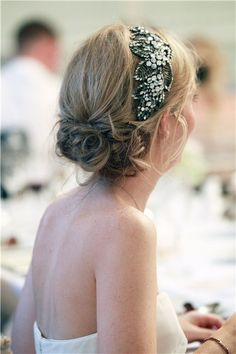 Jenny Packham Wedding Hair Accessories #weddinghair #bridalhairaccessories