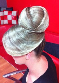 Long Hair Dos, Bun Hairstyles For Long Hair, Sleek Hairstyles, Very Long Hair, Pretty Hairstyles, Long Hair Styles, Gypsy Hair, Sleek Updo, Bouffant Hair