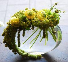 ranucnculus, Viburnum flower and amaranthus